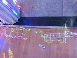 LED Rentier mit Schlitten bunt