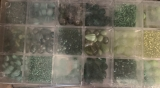 Glasperlensortiment grün